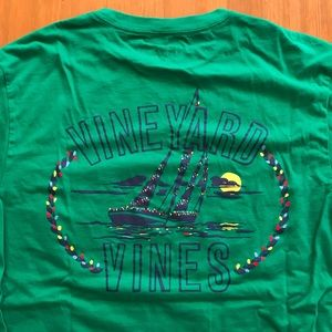 Vineyard Vines long-sleeve holiday tee